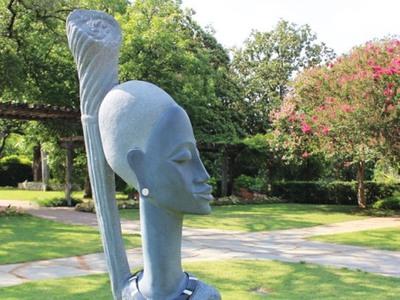 A Garden of Wonders: Stone Sculptures of Zimbabwe