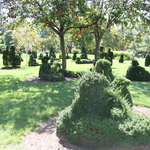 Topiary Gardens: A Sunday Afternoon on the Isle of La Grande Jatte