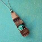 Ann Annie: Trapped turquoise pendant